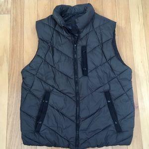 GAP Puffer Vest Size XL